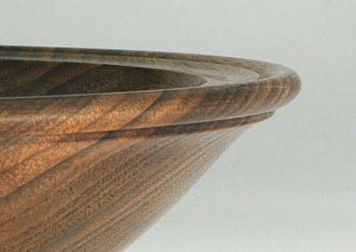 Bowl-Walnut4_2-2007.jpg